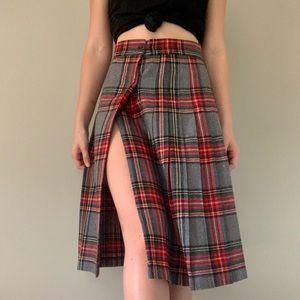 Vintage // Haberdasher pleated plaid skirt